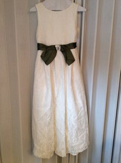LACE Ivory Dress , Size 14 for Sale in Adelphi,  MD
