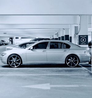 Beautiful 2006 BMW 750 Li Clean Title Excellent Condition for Sale in Washington, DC