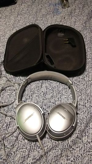 Bose sound cancelling headphones for Sale in Portland, OR