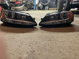 Vw jetta headlights for Sale in Gibsonia, PA