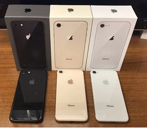5 GSM Unlocked IPhone 8's (Can Only Ship) for Sale in Warren, MI