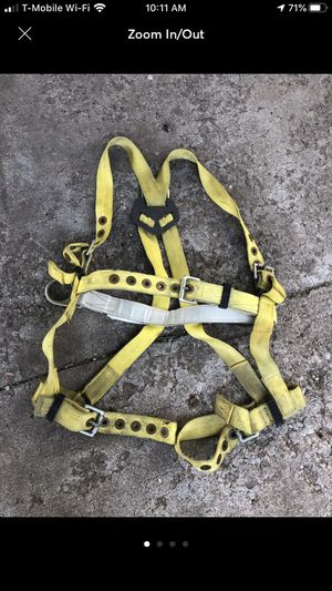 Elk river tree climbing harness Sz medium 310 lb weight for Sale in St. Peters, MO