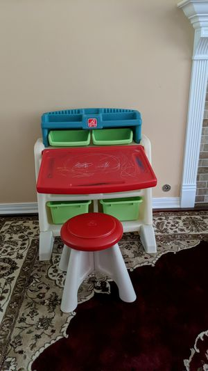 Step 2 kids coloring/art desk for Sale in Port Orchard, WA