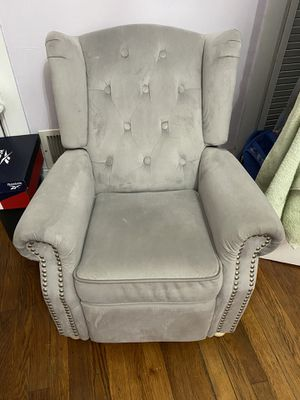 Kids recliner chair for Sale in Weymouth, MA