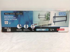 Tilting TV Wall Mount Flat Panel CorLiving Sonax Montage para Televisor Television for Sale in Miami, FL