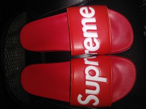 Supreme sandals size 9 new without box for Sale in North Las Vegas, NV