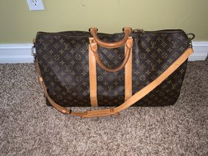 Louis Vuitton Keepall 55 w/ Strap for Sale in Tallahassee, FL