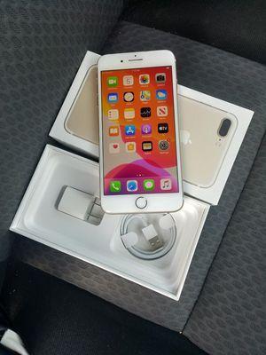 iPhone 7 plus factory unlocked 32gb for Sale in Falls Church, VA