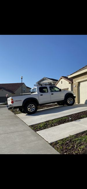 2004 Toyota Tacoma TRD clean title 4WD for Sale in San Jose, CA