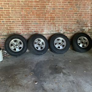 Chevy suburban rims and tires $250 great condition for Sale in Randallstown, MD