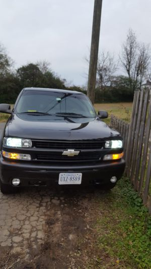 Chevy Tahoe 2003 227000 millas for Sale in Alexandria, VA