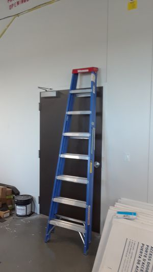 New 8' ladder for Sale in Mesquite, TX
