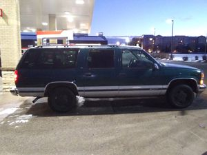 1997 Chevy Suburban LT 350ci 5.7L Low miles 120,000K for Sale in Aurora, CO