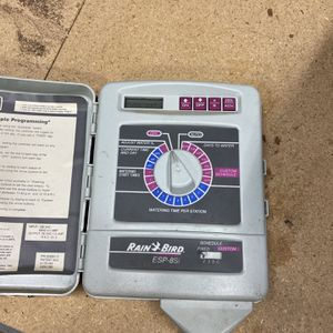 Rain bird Sprinkler Timer 8zones for Sale in Tustin, CA