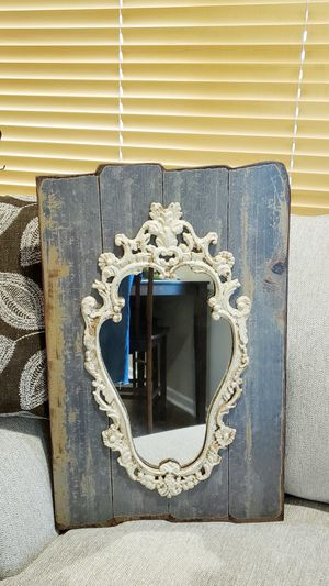 Wall Hanging Mirror for Sale in Tacoma, WA