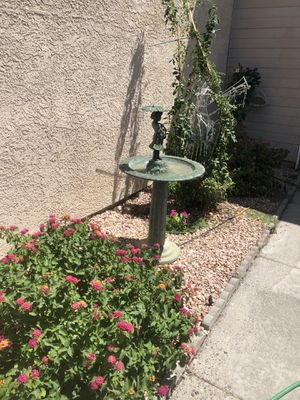 Fountain 4'x2.5' works like new for Sale in Las Vegas, NV