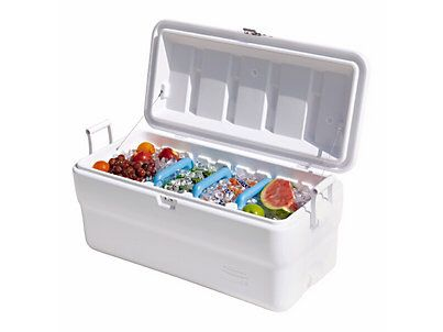 Rubbermaid 102 Qt ice chest