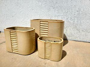 Ceramic Pot Set (3 pieces) for Sale in Miami, FL