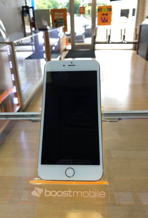 iPhone 6+ Gold for Sale in St. Petersburg, FL