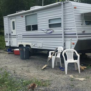 "2002 28""Trailer TITLE INCLUDED for Sale in Dedham, MA"