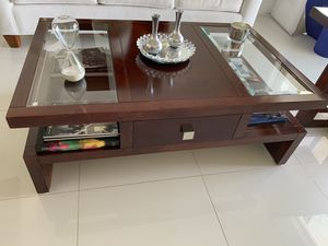 Coffee Table and end table set for Sale in Miami, FL