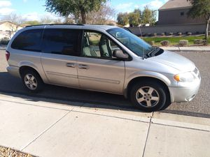 Family van 2007 Dodge Grand caravan. 3rd row with rear AC similar to Sedona Odyssey sienna town and country for Sale in Phoenix, AZ