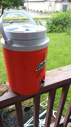 Gatorade cooler for Sale in Columbus, OH