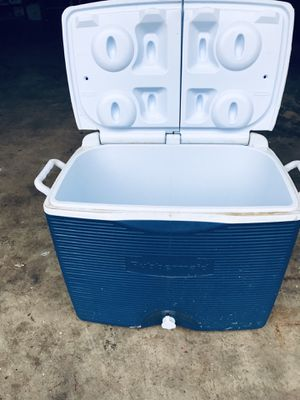 Cooler for Sale in Cedarhurst, PA