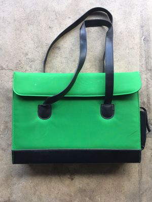 Green laptop bag for Sale in Albuquerque, NM