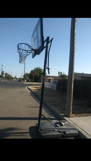 Basketball Hoop for Sale in Oakdale, CA