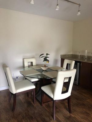 Kitchen table set with 4 chairs. for Sale in Newport Beach, CA