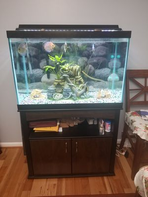 65 Gallons fish tank with everything you need for Sale in Laurel, MD