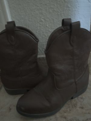 Girls Cowgirl Boots for Sale in Kyle, TX