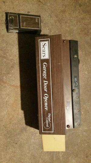 Sears garage door opener, for Sale in Pomona, CA
