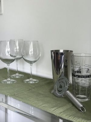 Cocktail shaker with strainer and 3 Libbey wine glasses for Sale in Arlington, VA