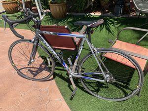 TREK 1000 ROAD BIKE SIZE '56 for Sale in San Diego, CA