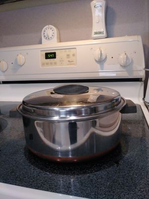 Large copper bottom cooking pot for pasta or soup for Sale in Fort Myers, FL