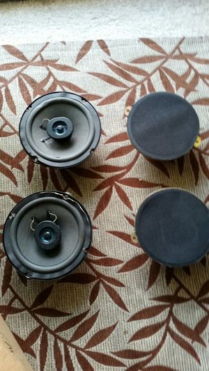 """6 inch jeep cherokee sport speakers 6"""" for Sale in Duvall, WA"""