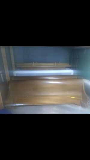 King size bed for Sale in Lansing, MI
