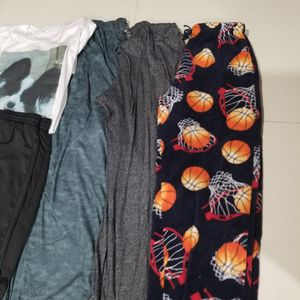Free Boys Clothes Size S for Sale in Lake Worth, FL