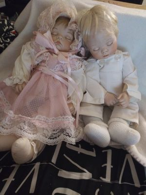 2 sugar britches dolls for Sale in Quincy, IL