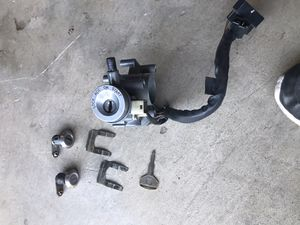 Toyota ignition cylinder (complete with 2 matching door locks) for Sale in Diamond Bar, CA