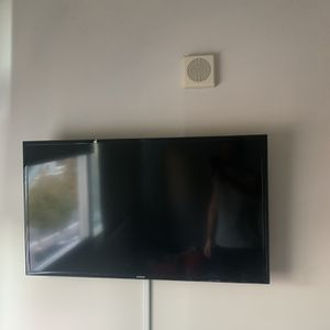 "40"" Samsung Smart TV for Sale in Coronado, CA"