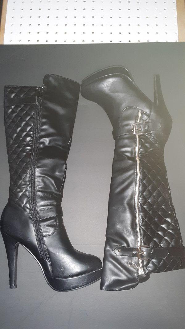 Beautiful black boots. Size 7.5