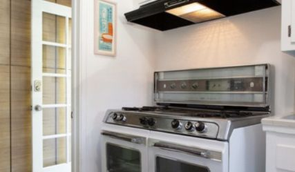 1960's Okeefe and Merrit Oven for Sale in Los Angeles,  CA