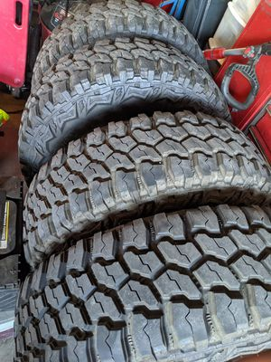 Toyota 6 lug stock rims with 265/70/16 mud tires 95% tread for Sale in Stockton, CA