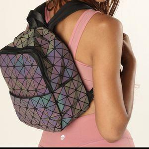 Magibag Lattice Geometric Backpack Iridescent Rainbow School Bag Pack (Geometric) for Sale in San Diego, CA