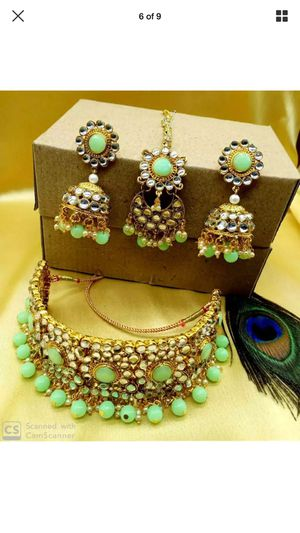 Gold plated jewelry set Indian Bollywood height quality stones choker earrings tikka for Sale in Silver Spring, MD