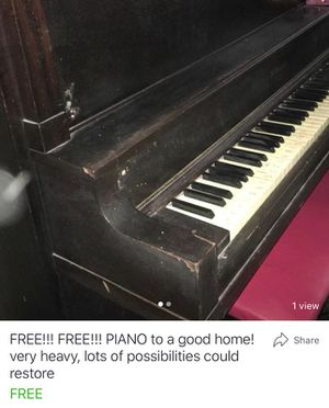 Free!!! Free!!!! Piano to a good home!!!! for Sale in Saltillo, MS