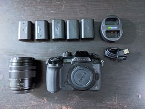 Panasonic Lumix DMC-GH5 w/ 14-140 Mark II lens, 5 batteries and charger-- Mirrorless Micro Four Thirds Digital Camera Body gh4 g9 for Sale in San Diego, CA